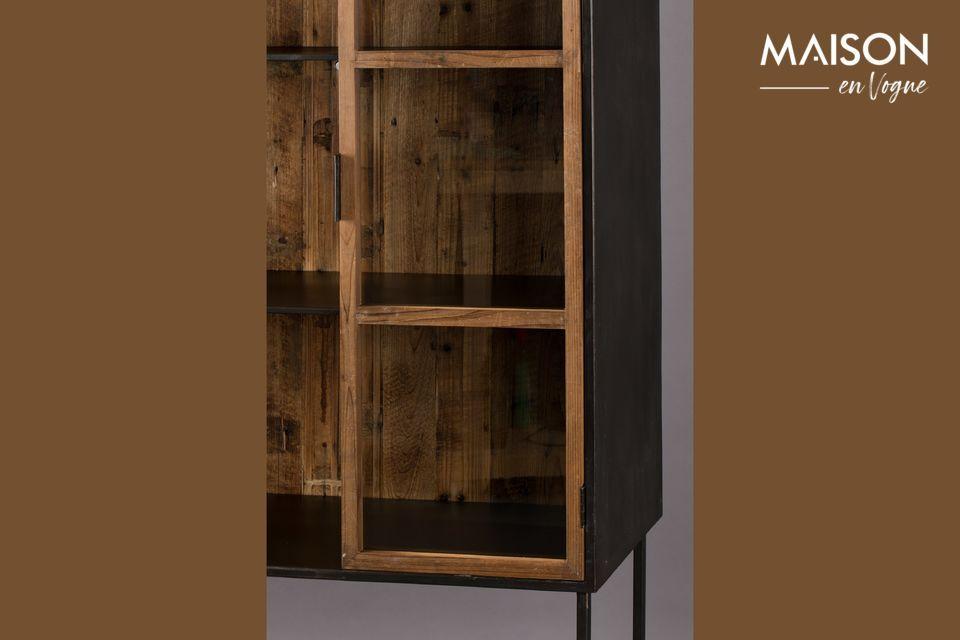 Le cadre est en bois recyclé laqué couleur naturelle pour donner un aspect authentique au meuble