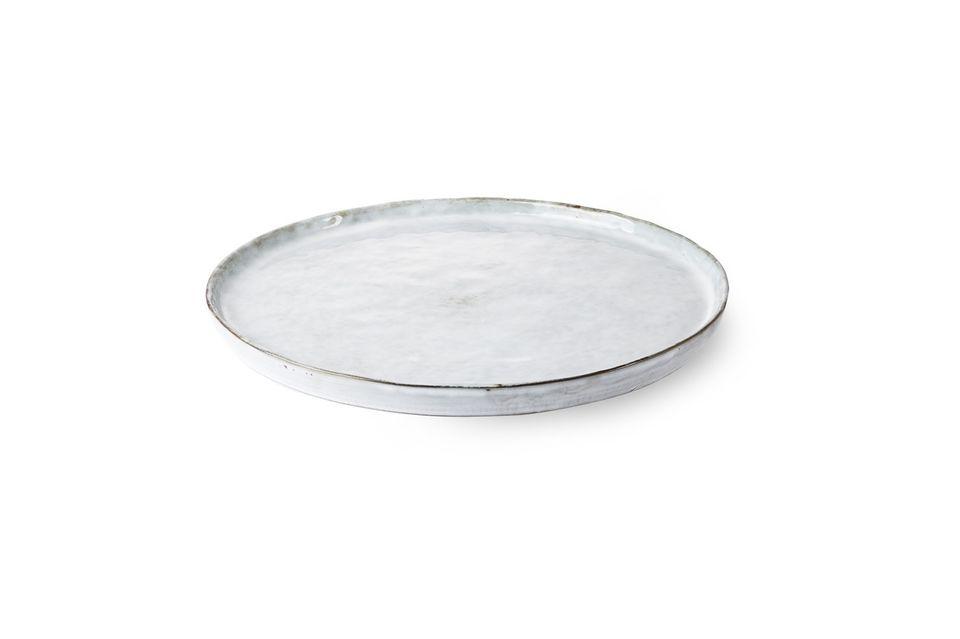 Conçue en céramique, l\'assiette à dîner Vasselin est très résistante