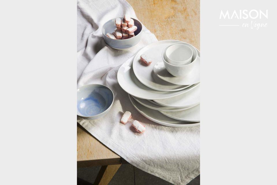 Assiette de présentation en porcelaine