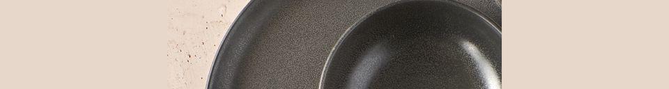 Mise en avant matière Assiette Plate Mirha Granit