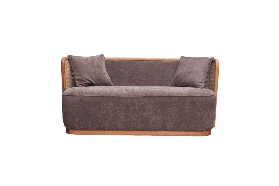 Son confort ferme vous offrira l\'expérience d\'un canapé aussi agréable que design