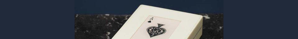 Mise en avant matière Boîte blanche 2 jeux de cartes As de pique