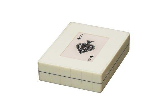 Boîte blanche 2 jeux de cartes As de pique Détouré