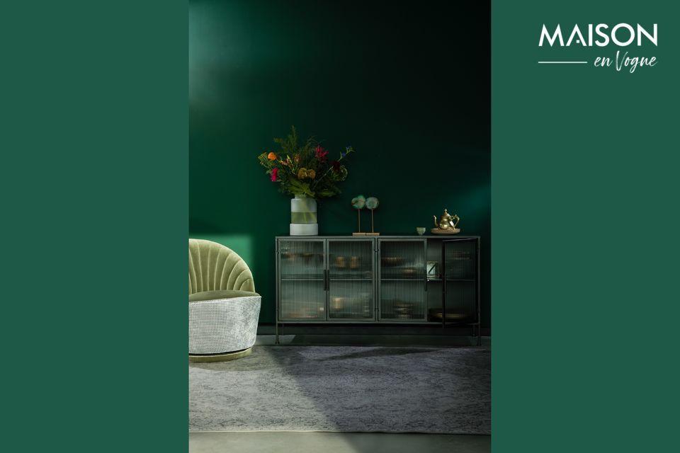 Ce meuble de rangement en métal dispose d\'un espace de rangement optimal et d\'une robustesse à