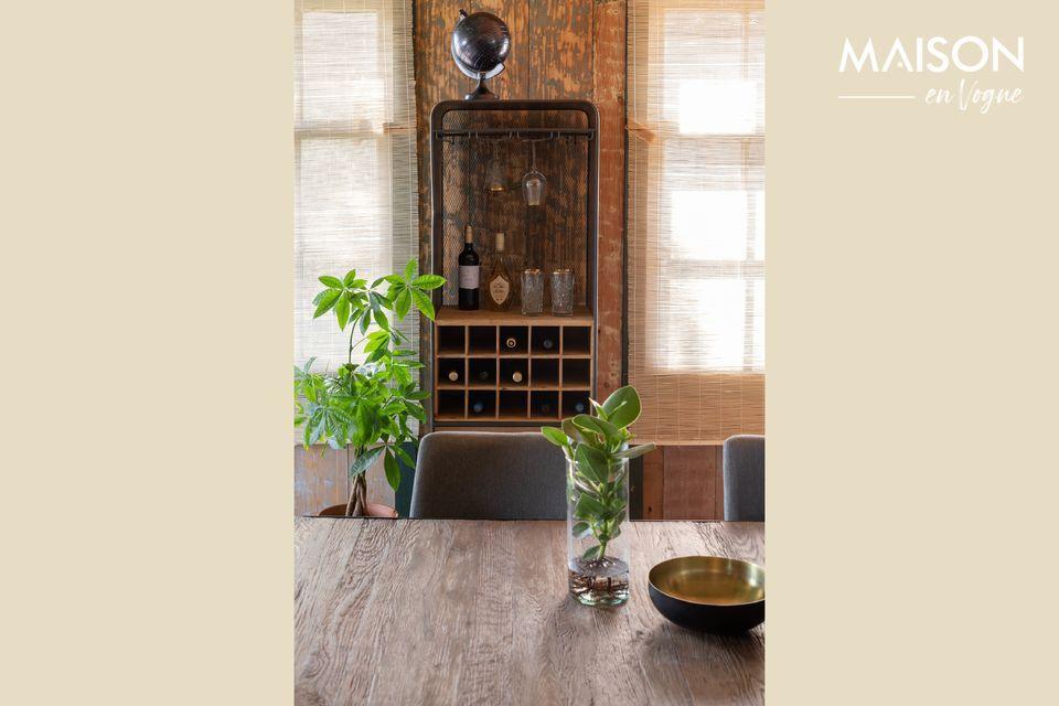 Un cabinet en sapin massif pour sublimer vos vins