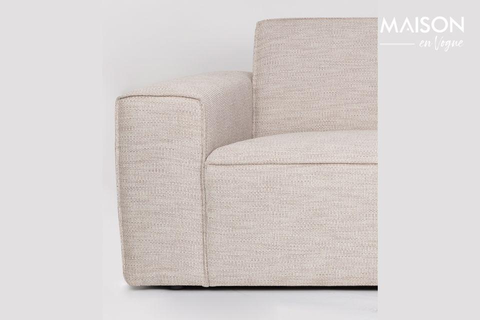 Confortable et élégant, ce canapé saura vous séduire par ses lignes sobres
