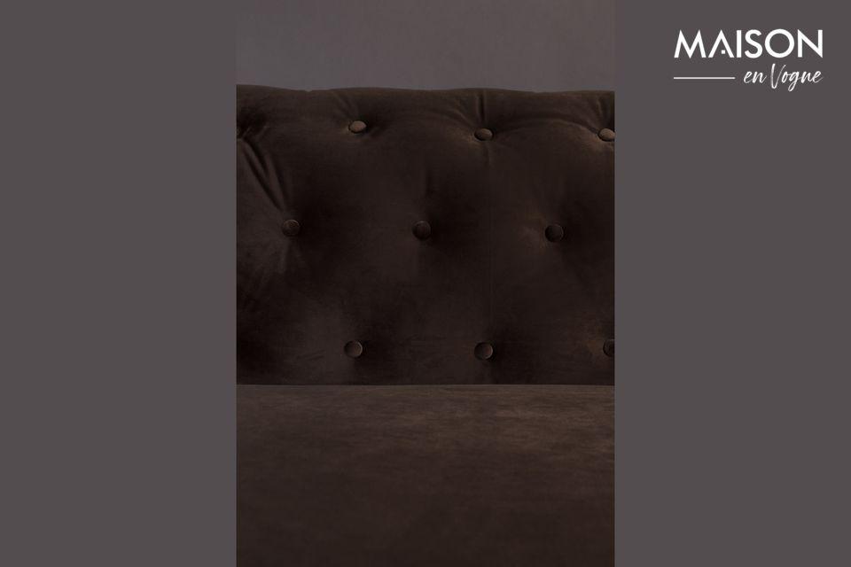 Un velours 100 % polyester couleur chocolat d\'un très bel effet