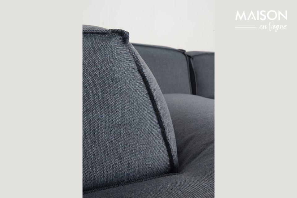 Le canapé Fat Freddy Right Comfort propose une assise imposante et de larges coussins