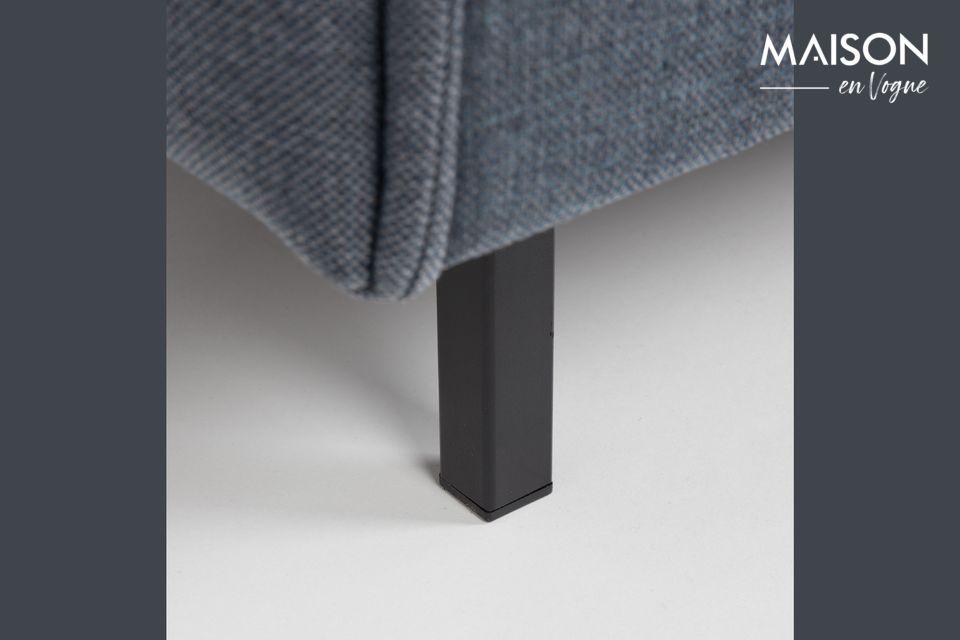 Un canapé au design tout en longueur