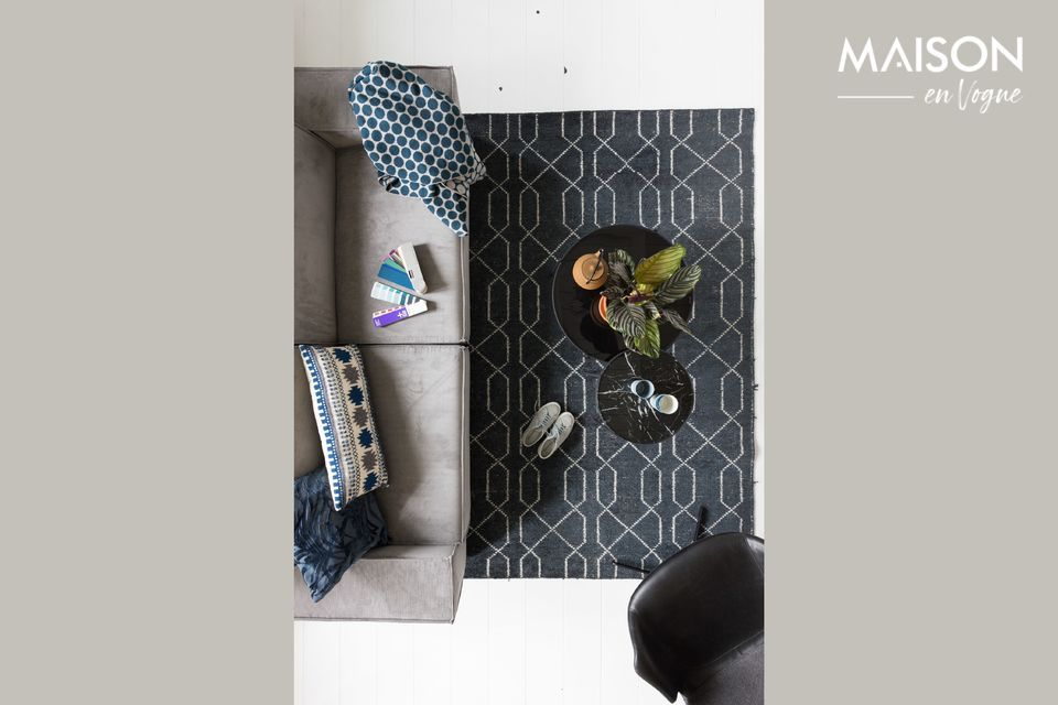 Un canapé deux places en tissu et style moderne