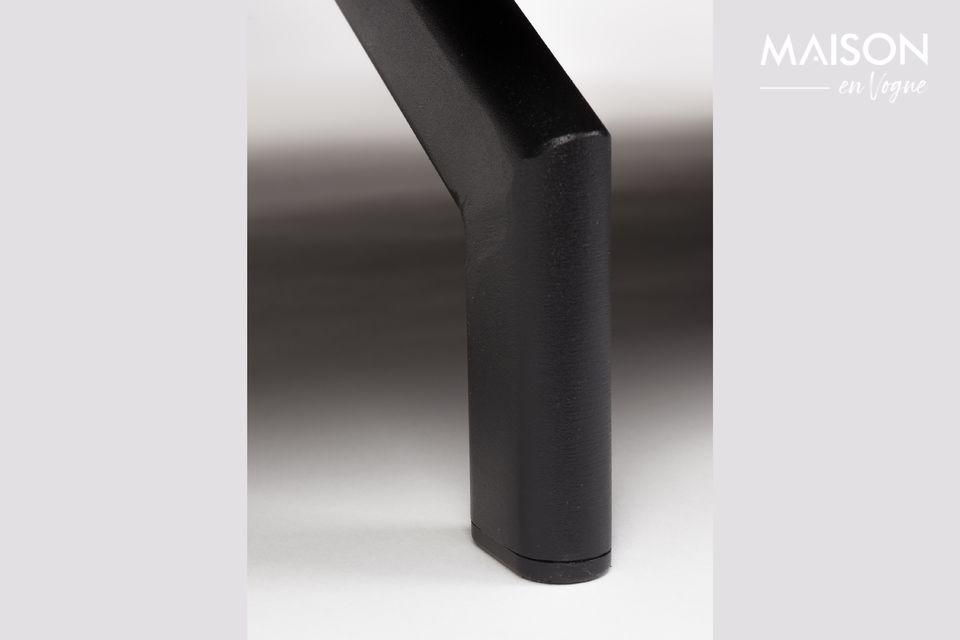 Un canapé aux lignes épurées et modernes