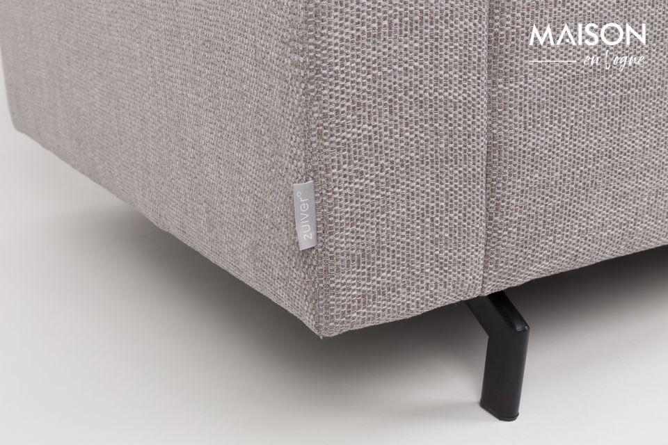 Sa densité de 30-35 et sa charge maximale de 250 kg assurent à ce canapé une vraie durabilité