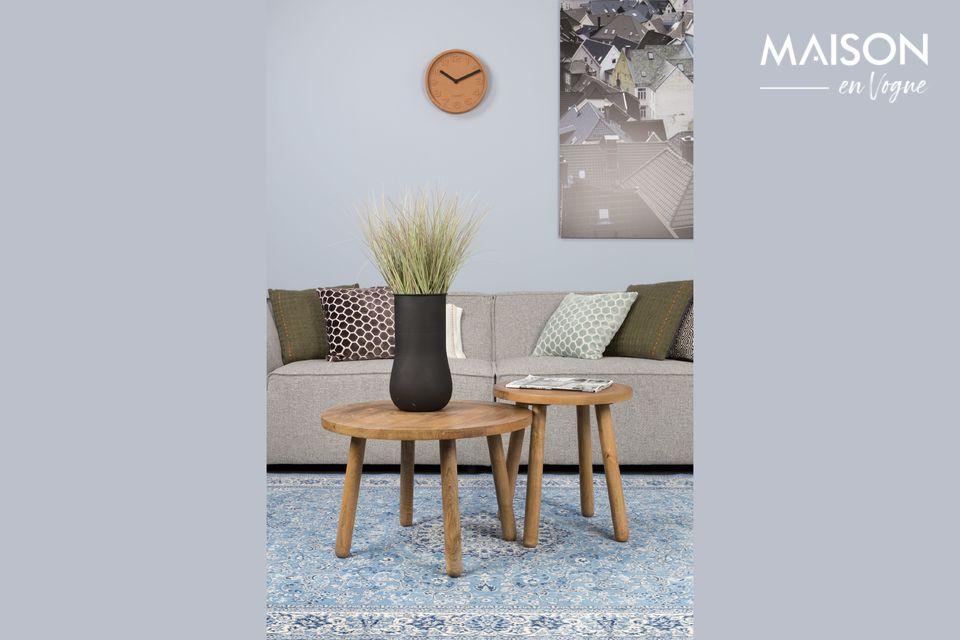 Un grand canapé au design minimaliste mais accueillant