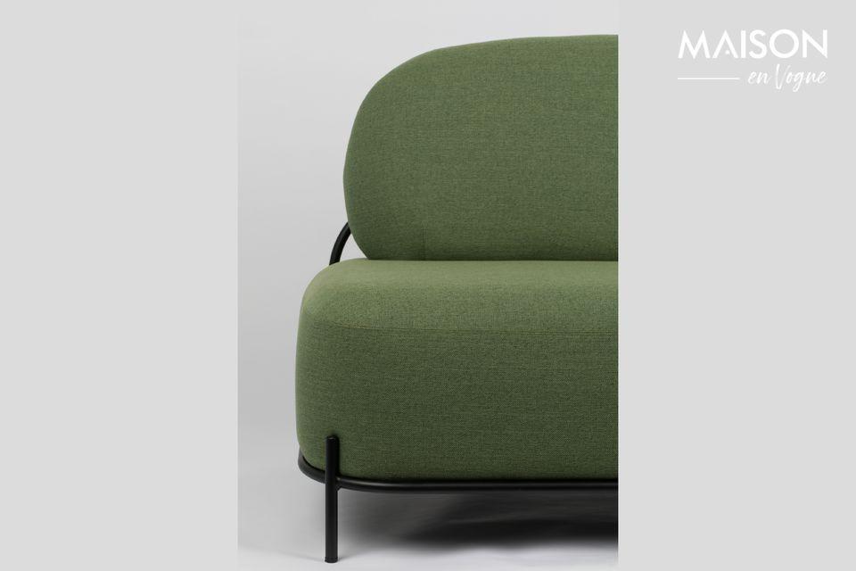 Un canapé droit élégant et confortable