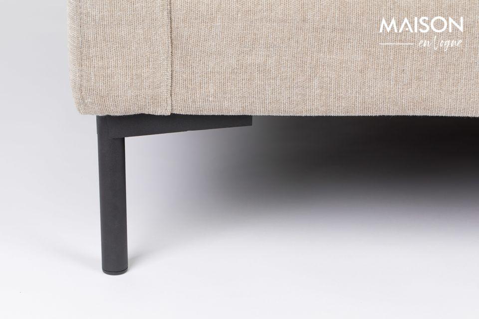 Son style intemporel a été pensé pour s\'accorder facilement avec le reste de votre mobilier