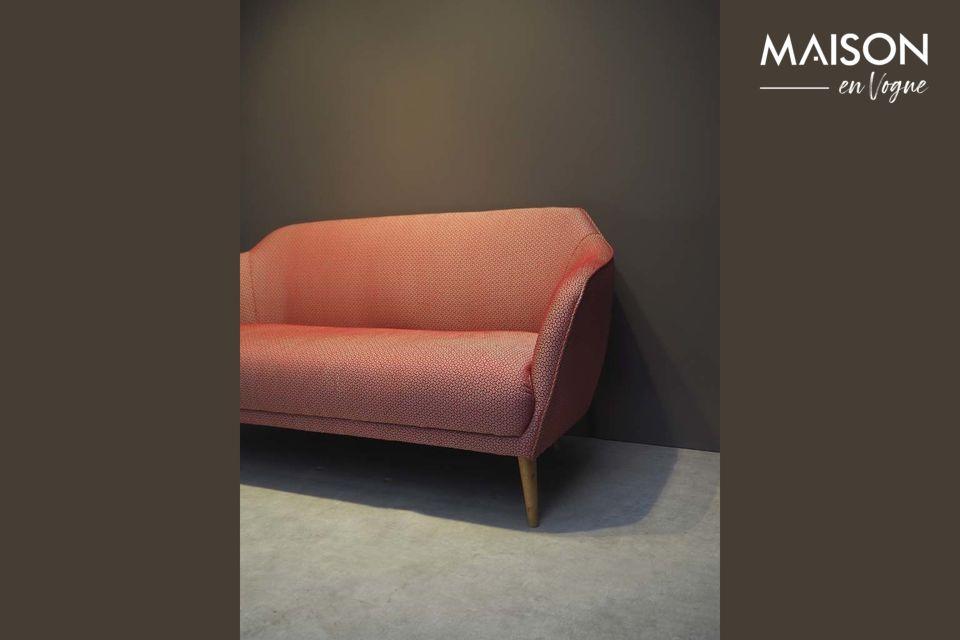 Osez le style vintage avec le canapé Tuilerie signé de la marque d\'ameublement Chehoma