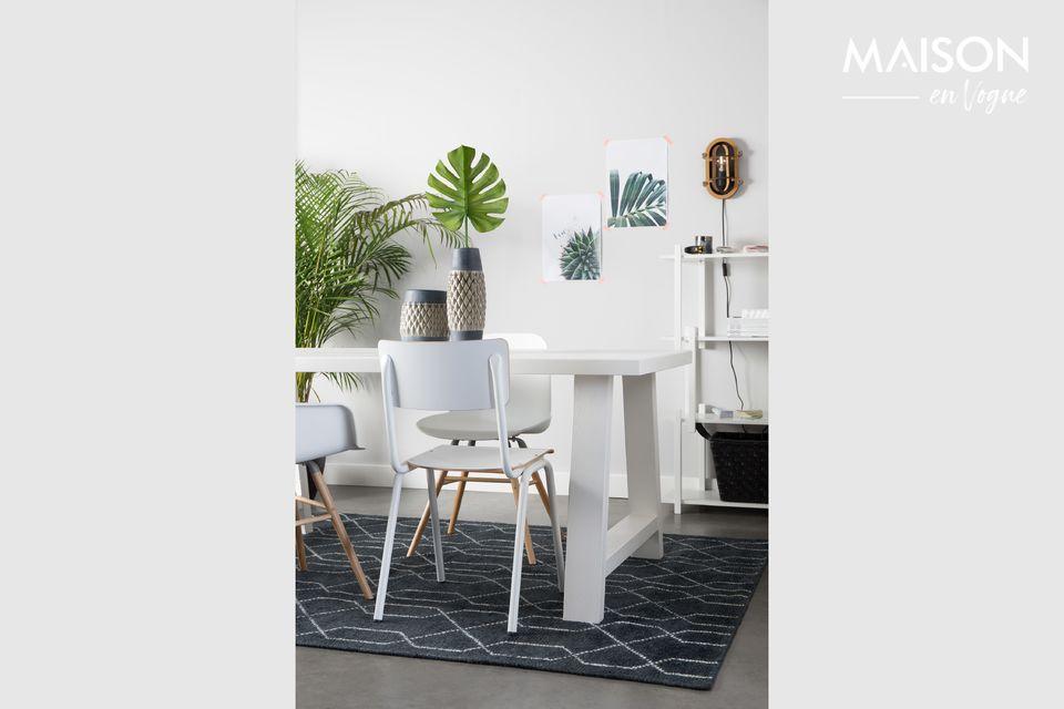 Une chaise d'écolier moderne pour votre intérieur