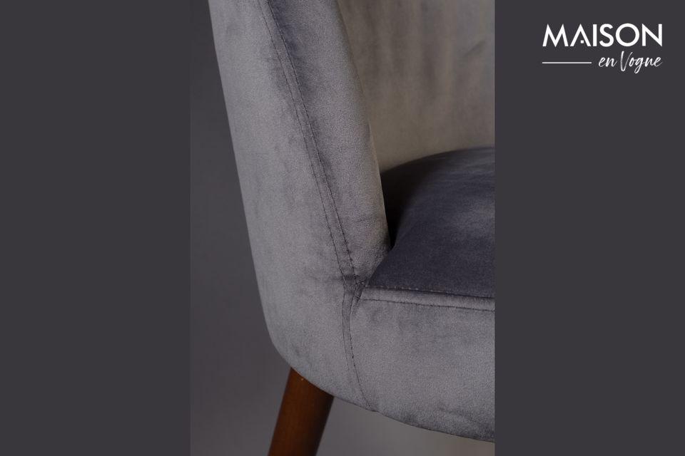 Le siège et le dossier sont en mousse hyper confortable recouverte de velours rasé gris d\'un bel