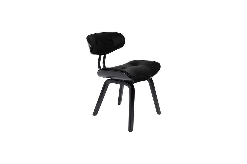 Cette chaise de belle facture est également très confortable