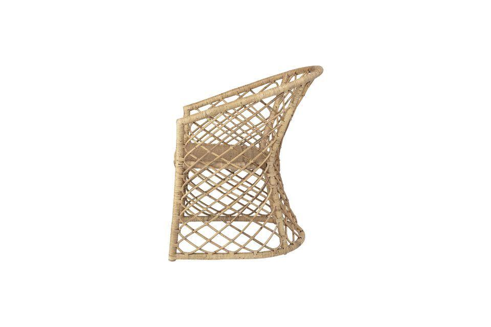 Cette chaise en rotin proposée par Bloomingville affiche de superbes finitions