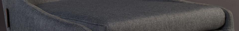 Mise en avant matière Chaise Juju en tissu gris