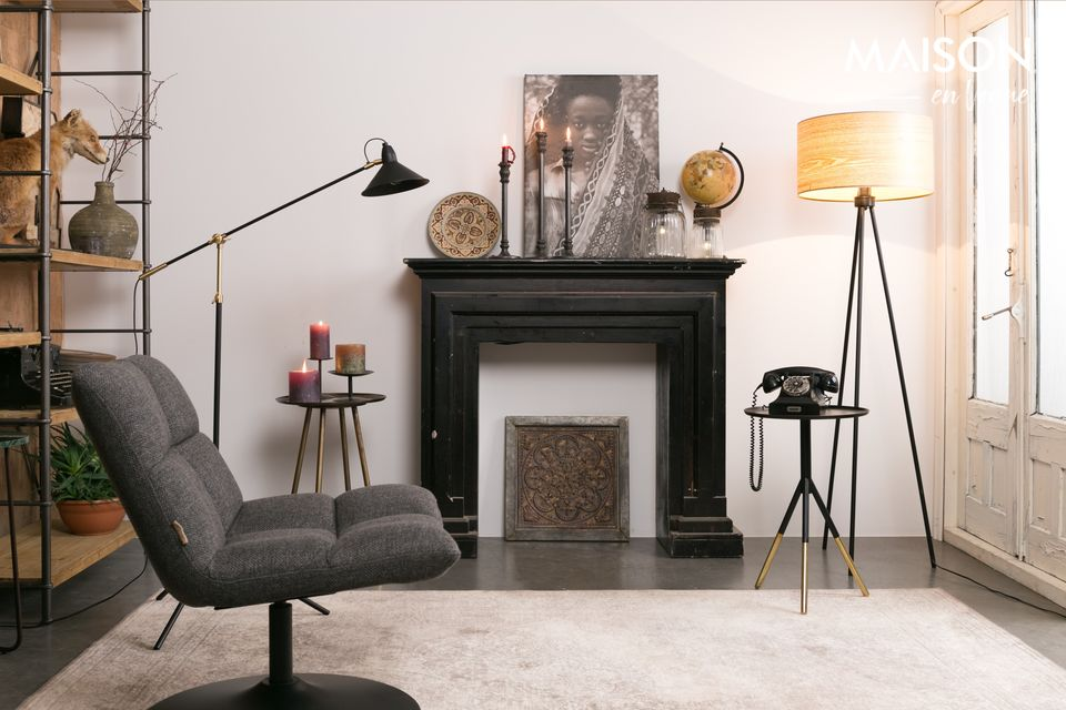 La Chaise lounge de Bar Gris Foncé de la marque Dutchbone est clairement inspirée des années 70