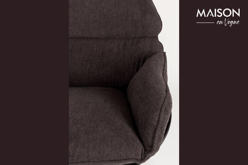 Une chaise à l'esthétisme et au confort poussé