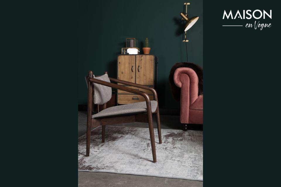 Une chaise style années 60 moderne et élégante