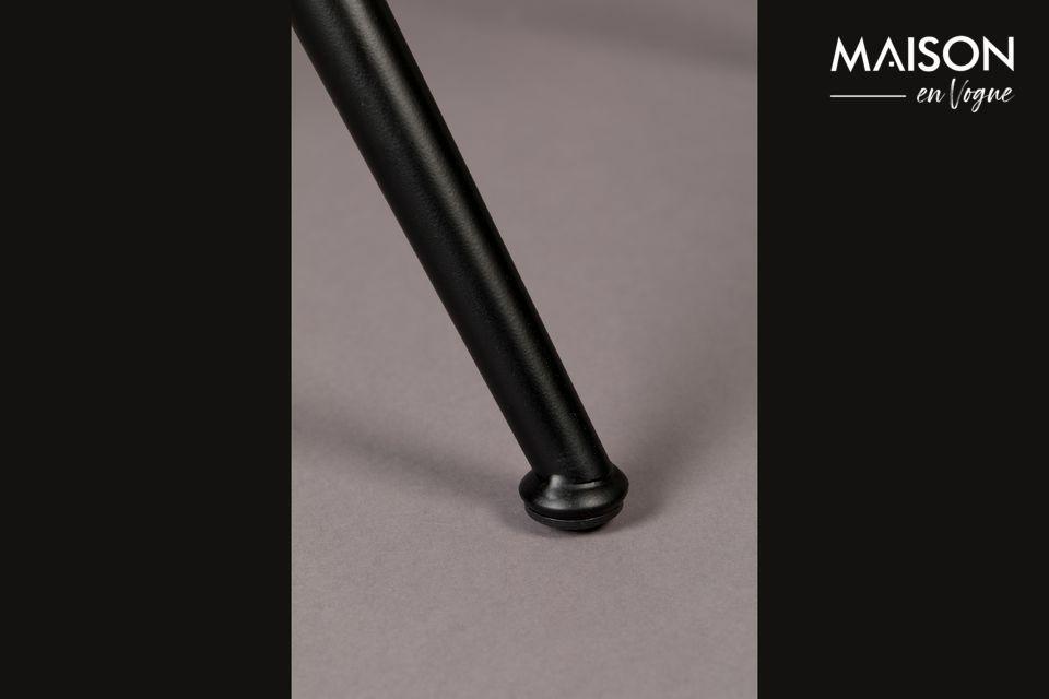 Avec sa structure en métal noir et son rembourrage judicieusement réparti