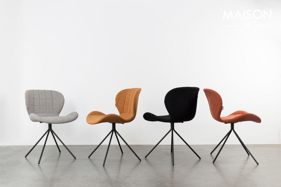 La chaise OMG offe un grand confort grace à son revêtement capitonné et sa forme ergonomique