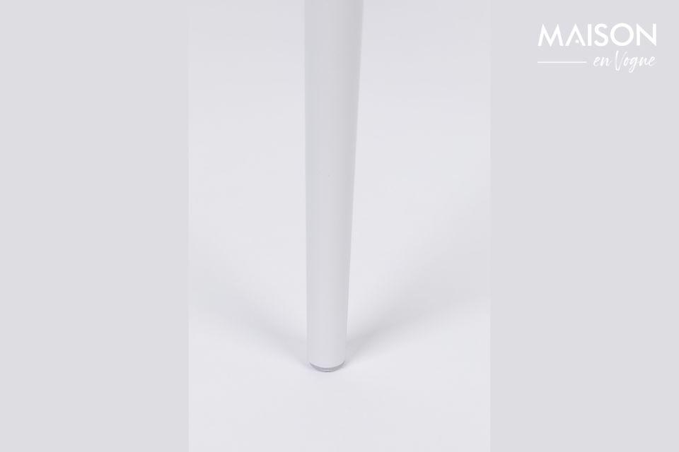 Avec sa forme singulière et enveloppante, elle offre un confort optimal