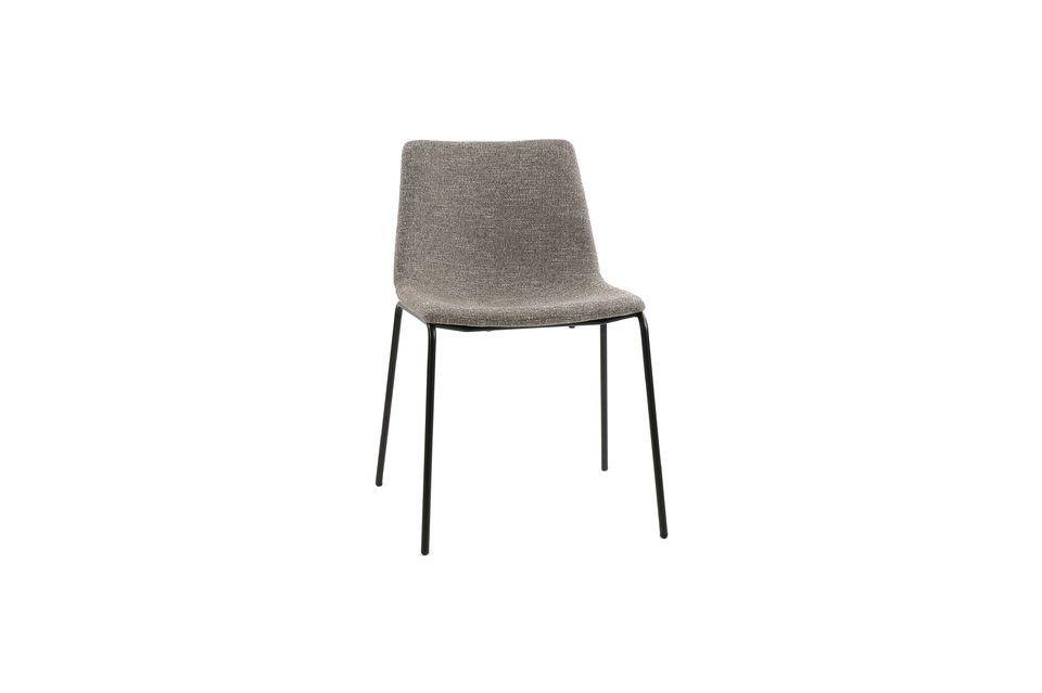 Une chaise simple mais confortable