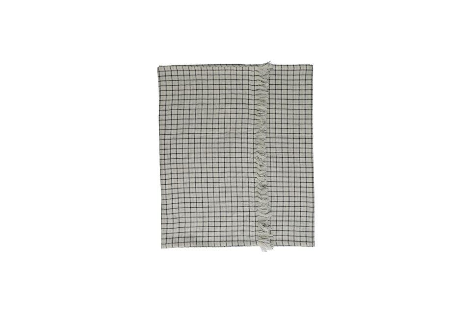 Conçu en coton, le chemin de table Checks & Stripes est extrêmement résistant