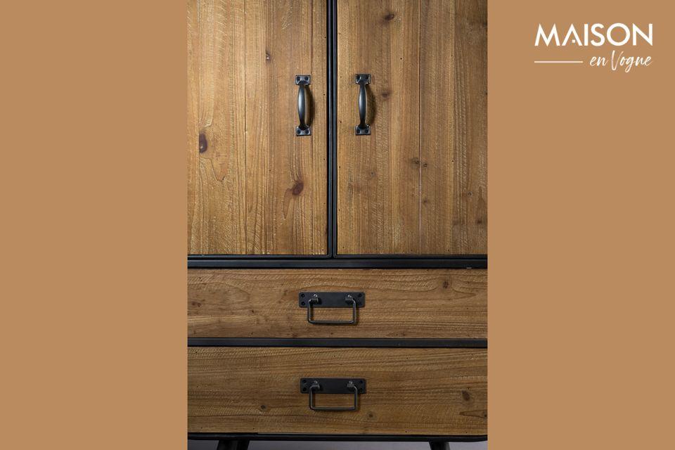 Les mélange du bois et du métal cultive le côté industriel et vintage et ses jolies formes