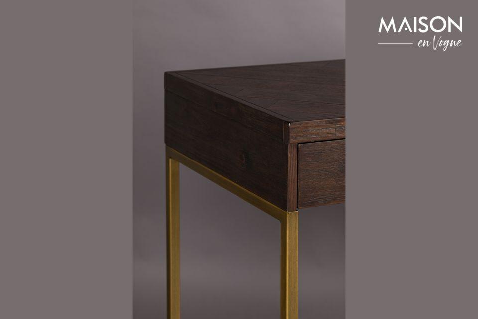 Elle évoque le design minimaliste des années 20 avec des angles prononcés