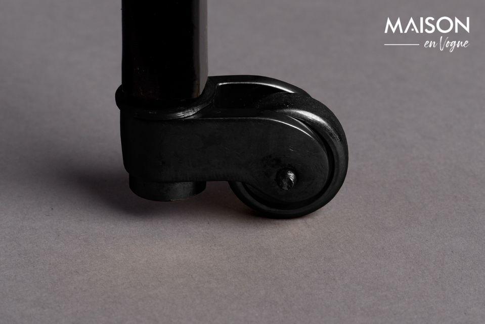 Composée de deux étagères noires et rectangulaires ainsi que d\'un plateau en aluminium laqué