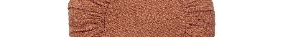 Mise en avant matière Coussin barret en coton orange