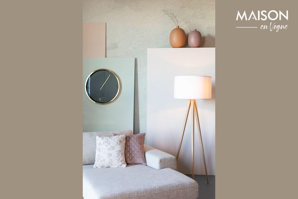 Très décoratif, cet accessoire ose arborer un contraste de teintes roses des plus modernes