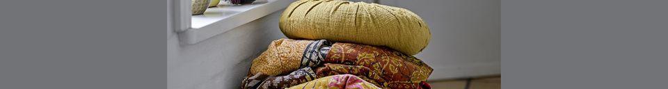 Mise en avant matière Coussin Bournos jaune en coton