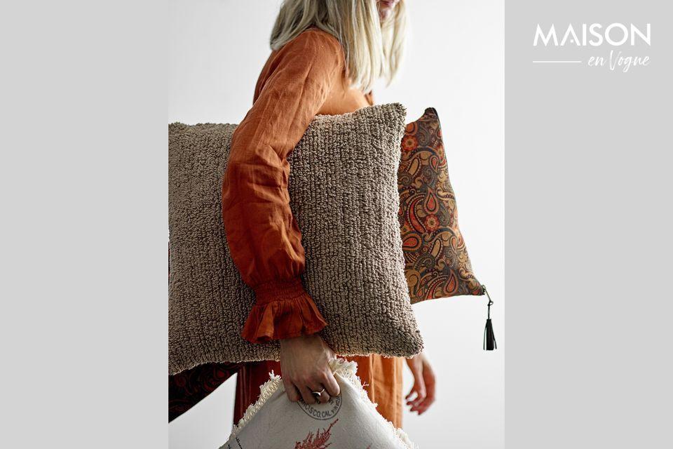Un coussin au design marqué pour votre intérieur