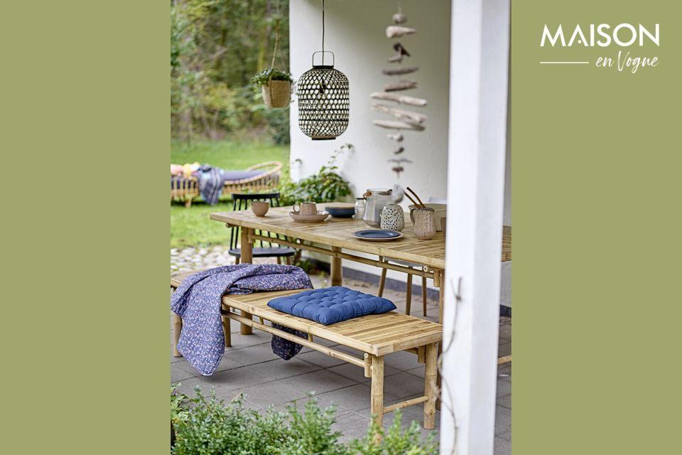Des couverts à salade en bois pour inviter la nature à table
