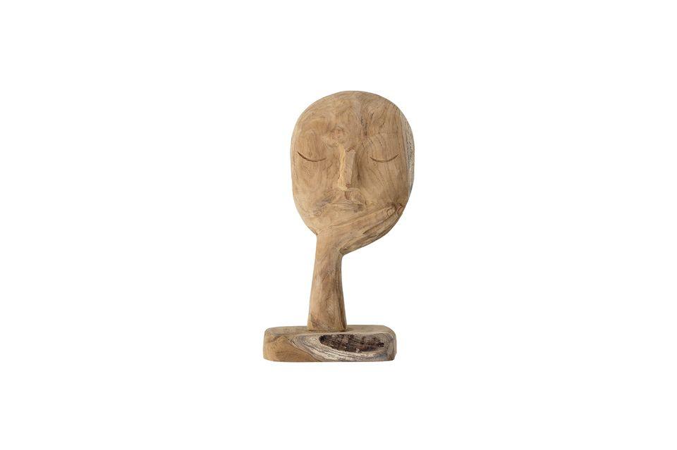 Cette sculpture en forme de visage plongé dans ses pensées est tout sauf traditionnelle