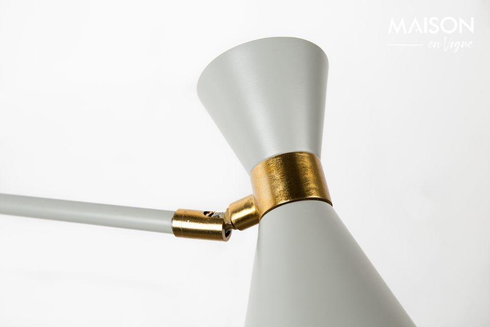 Elle offre une lumière adaptée à votre humeur grâce à son variateur intégré : douce et
