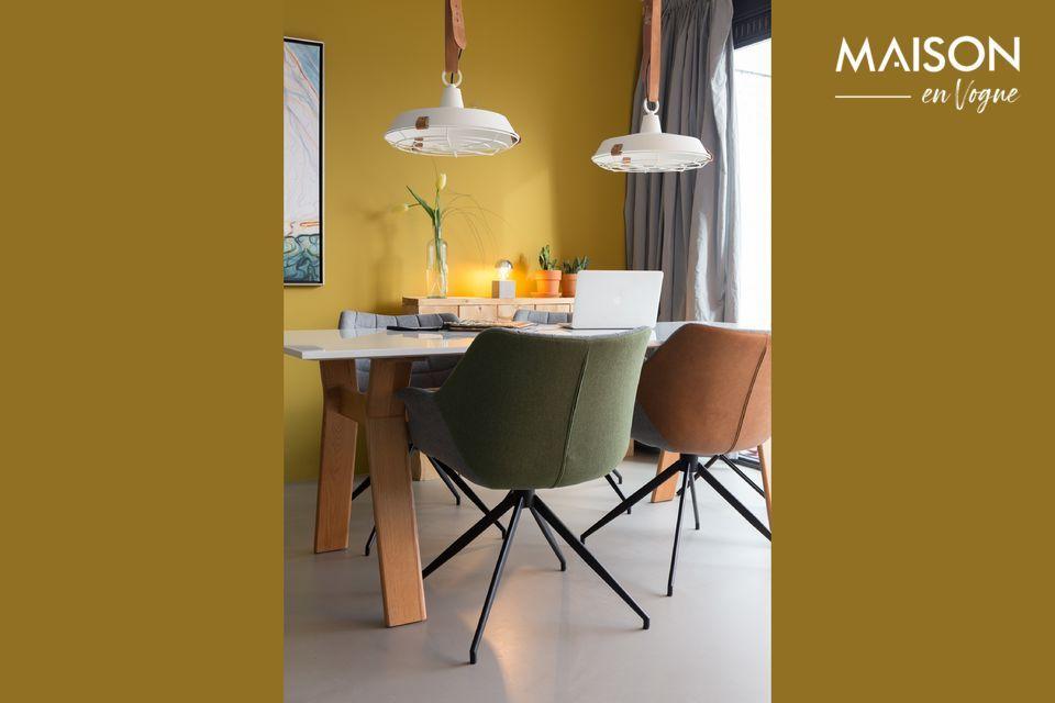 Une architecture raffinée pour un fauteuil confortable et polyvalent