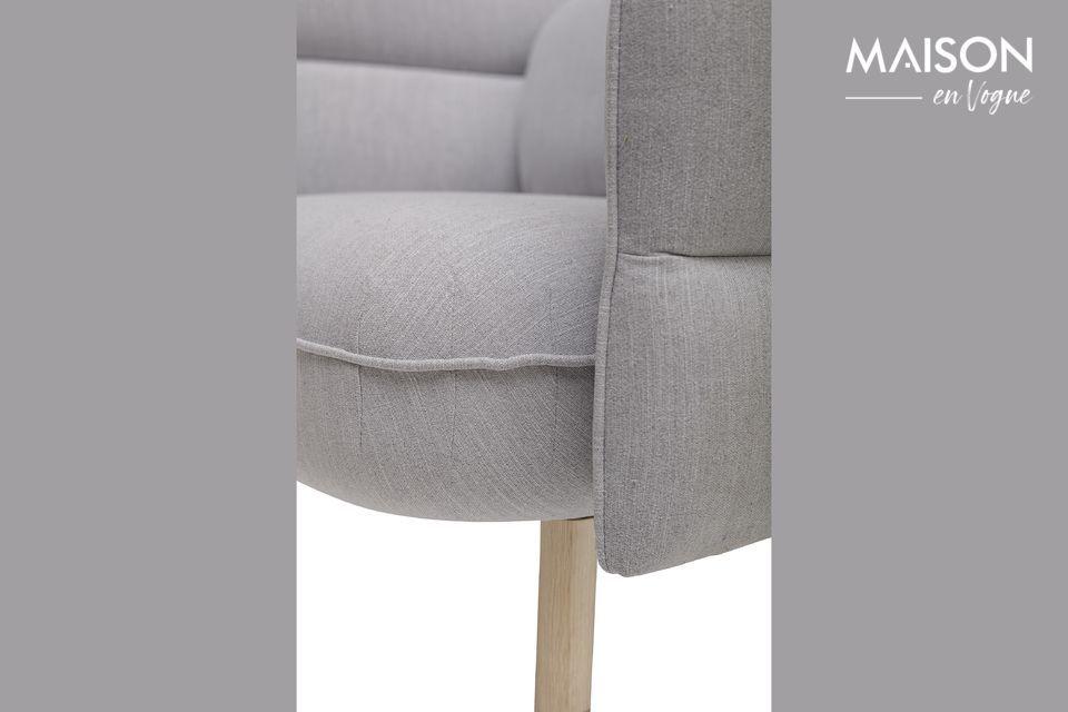 Ce siège, édité par le Danois Bloomingville, est le fils d\'un fauteuil et d\'une doudoune