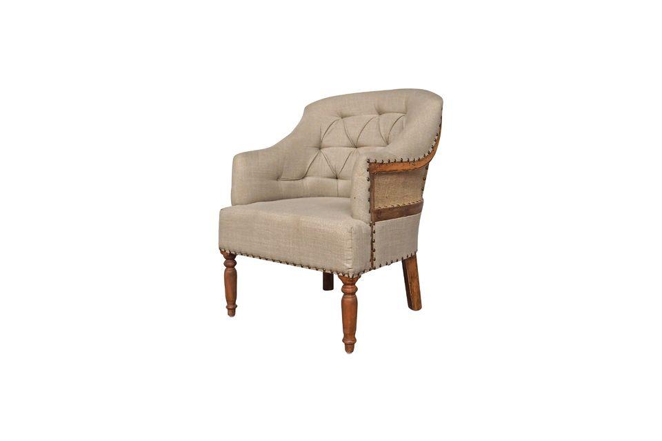 Ses formes classiques apporteront chaleur et confort à votre chambre ou votre salle de séjour