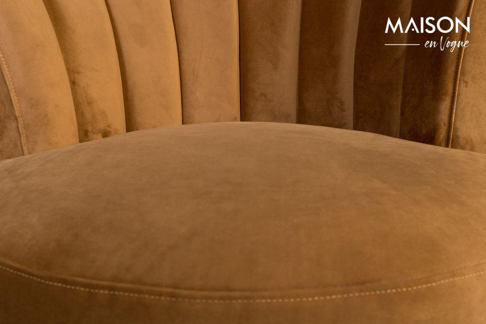 Ses jolies formes arrondies, son originalité et son confort en font un meuble d\'exception