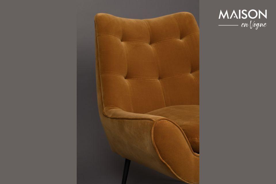 Avec une assise de 48 cm et ses accoudoirs, vous y serez parfaitement installé