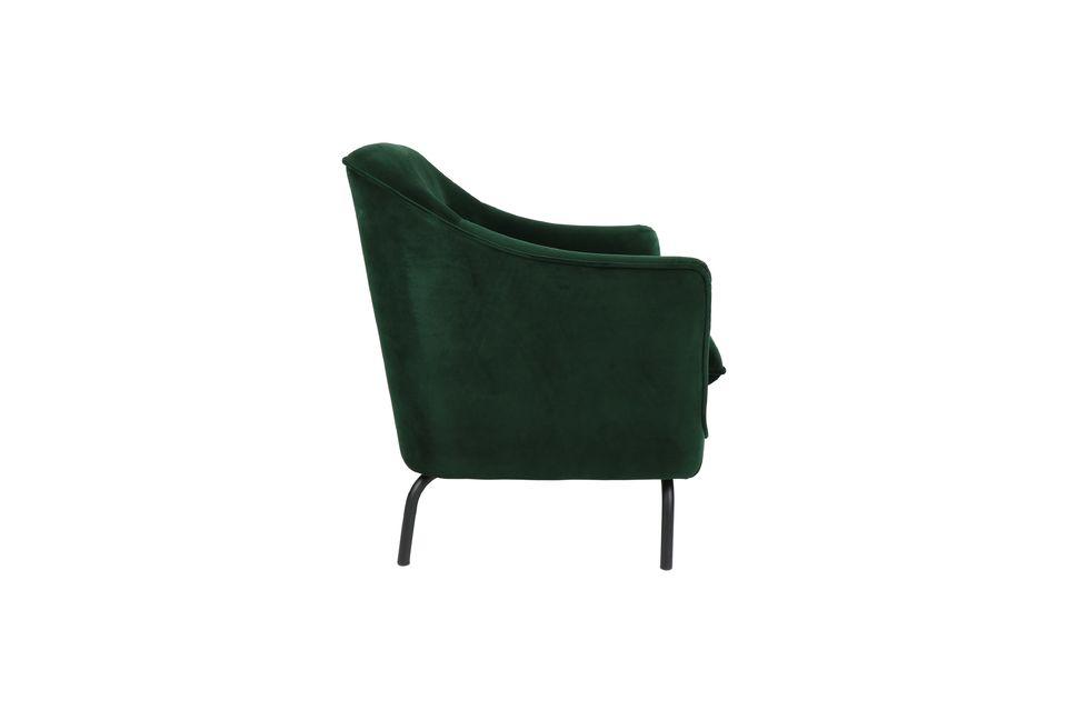 Avec un touche de style anglais, on imagine ce joli fauteuil sorti tout droit d\'un cottage