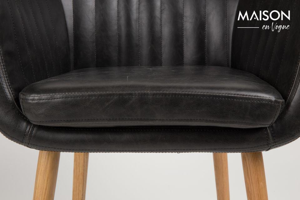 Un fauteuil confortable au look vintage